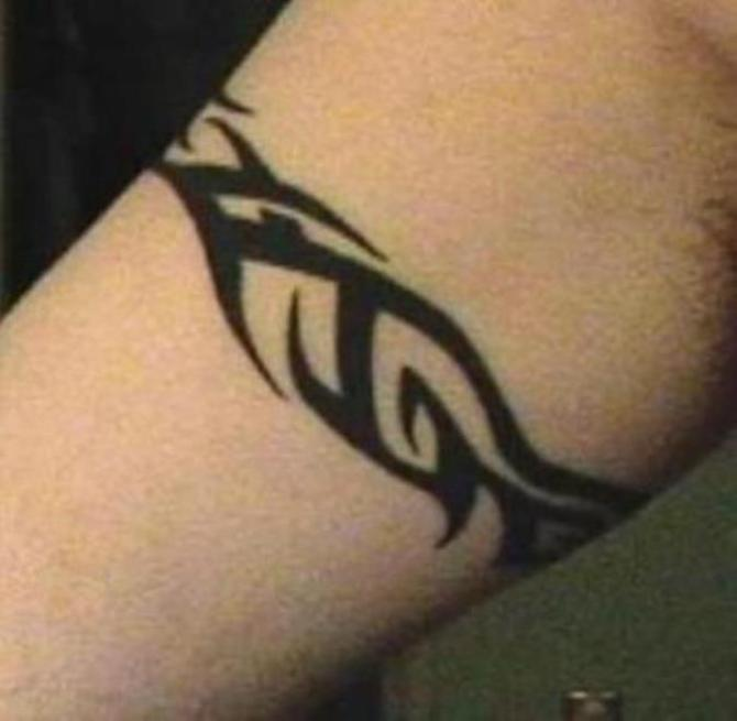 Tribal Tattoo Around Arm - 30 Best Armband Tattoos <3 <3