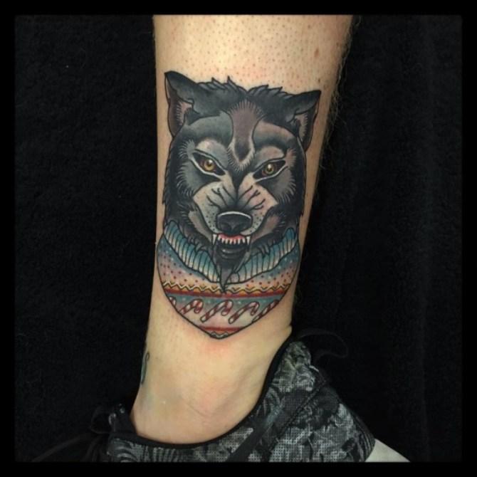 35 Tattoo of a Wolf